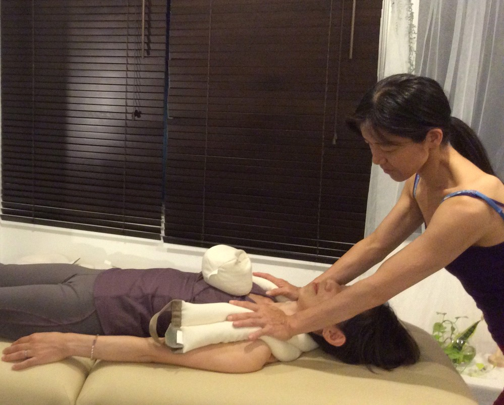 SmartSpine shoulder treatment スマートスパイン 肩のトリートメント