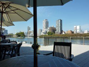 Riverside Terrace リバーサイド テラス
