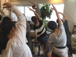スタジオ 1周年 イベント Suu レッスン写真 歩行 ピラティス Studio Lesson Pilates Photo
