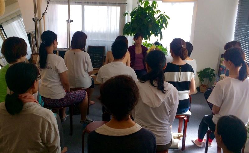 スタジオ 1周年 イベント Tomokoi 写真 歩行 ピラティス 筋膜 Studio Lesson Pilates Photo