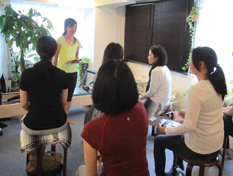 スタジオ 2周年 イベント Atsumi 写真 ピラティス 肩関節 疾患 Studio Lesson Pilates Photo