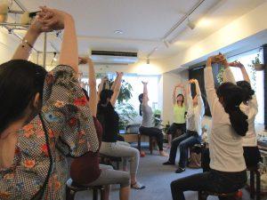 スタジオ 2周年 イベント Tomokoi 写真 骨盤 脊柱 肩関節 ピラティス 筋膜 Studio Lesson Pilates Photo